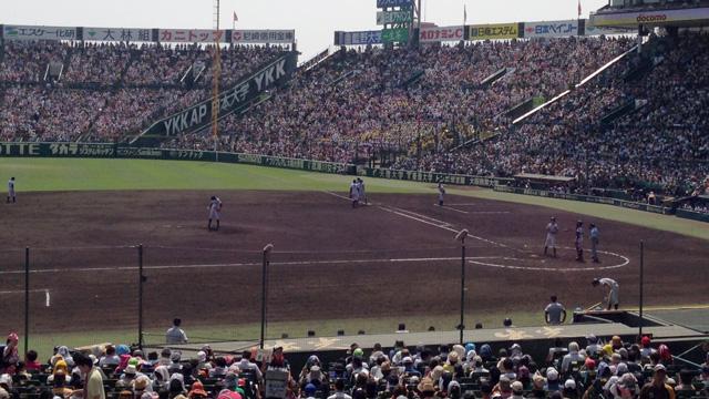 甲子園が熱い―高校野球100年に思う―