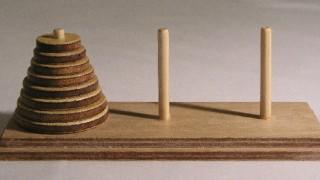 遊びから学ぶ数学~ハノイの塔~
